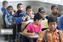حدود ۵۰۰ کودک بازمانده از تحصیل مازندران به مدرسه بازگشتند