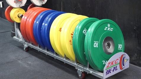 پایان یک روز بی مدال دیگر برای وزنه برداری ایران