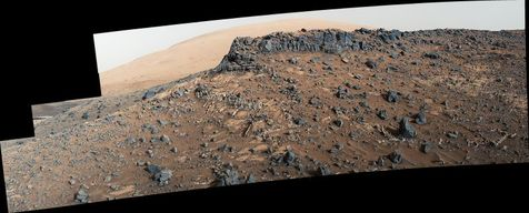 تصویر روز ناسا: رگههای زمینشناسی در پایین کوه شارپ