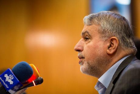 وزیر فرهنگ و ارشاد اسلامی:  سرمایه گذاری باید در آموزش و پرورش باشد نه عسلویه