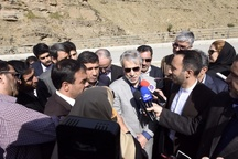 بازدید معاون رئیسجمهور از منطقه یک پروژه آزادراه تهران - شمال