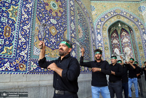 حال و هوای حرم کریمه اهل بیت در ظهر تاسوعای حسینی(ع)