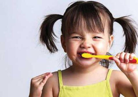 بهترین زمان برای اولین ویزیت دندانپزشکی کودکان