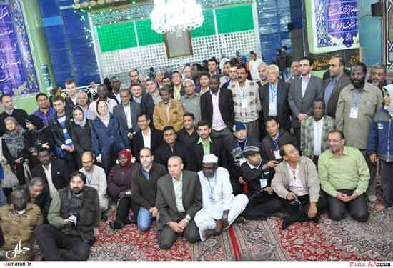 ادای احترام خبرنگاران و روزنامه نگاران داخلی و خارجی با آرمانهای  امام راحل