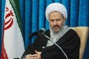 امام جمعه کاشان: با زور و تهدید نمی توان جلو جرم گناه را گرفت