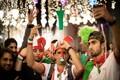 هواداران تیم ملی فوتبال در یزد به خیابان آمدند