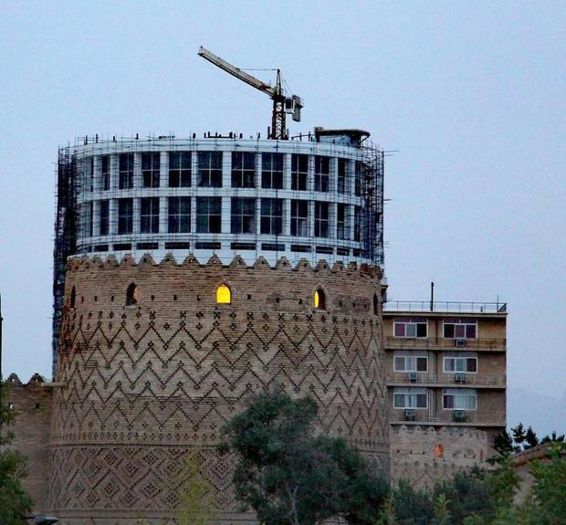 بررسی مساله هتل آسمان در کمیسیون گردشگری اتاق بازرگانی شیراز