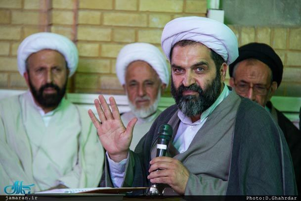 از منظر شهید بهشتی، محدود کردن آزادی انتقاد از رهبران برای حفظ نظام جایز نیست