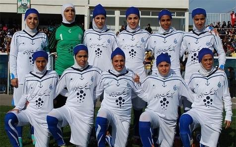پخش تمرین بانوان فوتبالیست ملوان برای نخستین بار در برنامه ۹۰