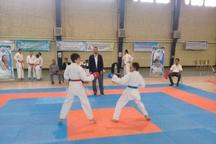 کبودرآهنگ قهرمان رقابت های کاراته غرب کشور شد
