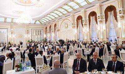 حضور «الهام علی اف» در مراسم افطار دیشب+ عکس
