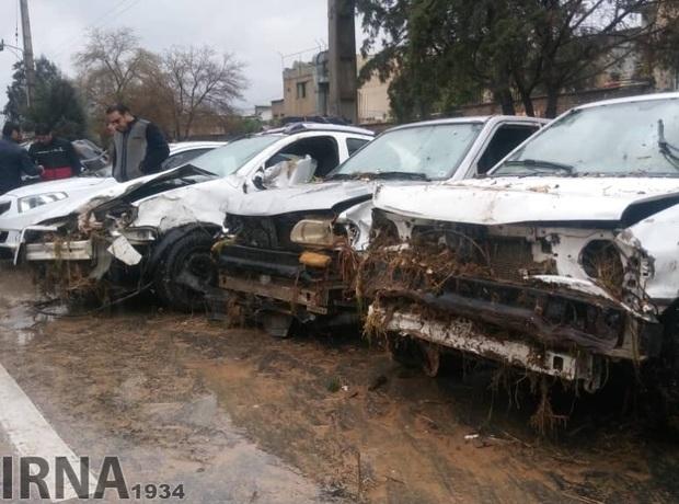 بیمه متعهد به پرداخت فوری خسارت خودروهای آسیب دیده سیل است