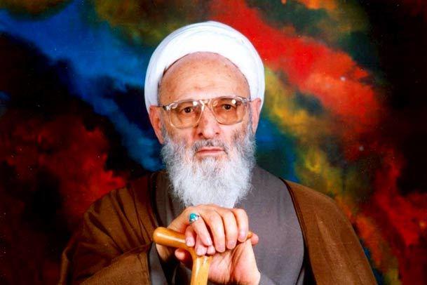 آیت الله حسن زاده آملی:تمام سخنان معصوم به قرآن باز می گردد/حقایق اسماء الهی در انسان کامل پیاده شده است