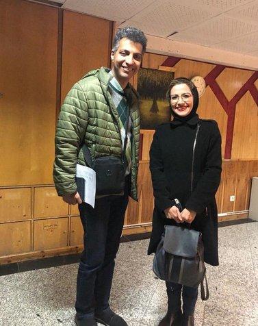 عادل فردوسی پور در کنار خانم مجری+ عکس