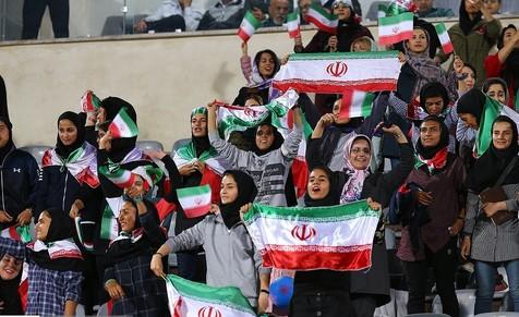 بازدید نمایندگان فیفا از ورزشگاه آزادی