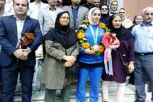 استقبال قائمشهری ها از بانوی تکواندوکار قهرمان مسابقات آسیایی