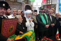 استقبال بینظیر مردم پاوه از خادمان و پرچم حرم رضوی