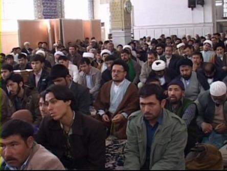 تجمع طلاب هندی قم در اعتراض به اهانت یک روزنامه به امام(س)