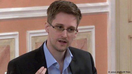 اسنودن تهدیدات سایبری آمریکا علیه روسیه را به سخره گرفت