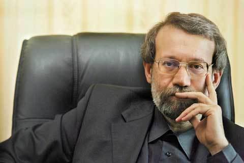 لاریجانی: ایران را از مذاکره منصرف نکنید