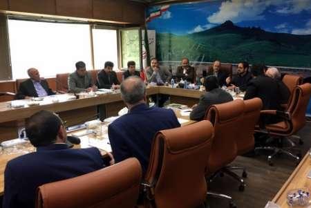 مشکلات واحدهای تولیدی کردستان در کارگروه رفع موانع تولید بررسی شد
