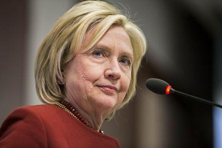 رویترز:  کلینتون به زودی نامزدی ریاست جمهوری خود را اعلام می کند