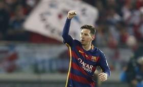 پیروزی بارسلونا در شب رکورد شکنی دوگانه مسی