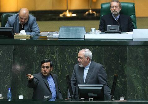 ظریف دست پر از مجلس رفت
