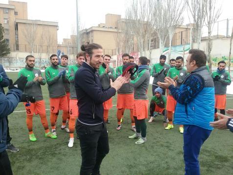 آندو رسما به تیم فوتبال نفت تهران پیوست