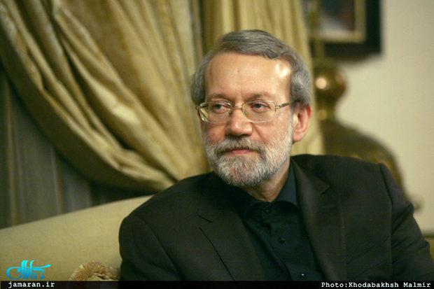لاریجانی: رئیس جمهور آمریکا بسیار تحقیر آمیز حرف میزند