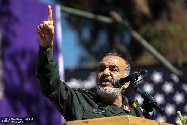 سردار سلامی: حل مشکلات به دست خودمان است/ دشمن به دشمن راه حل نمیدهد