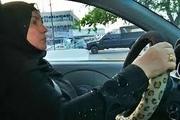 نخستین خانم راننده تاکسی در عراق+ فلیم