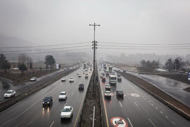 جاده شمالی استان تهران لغزنده است