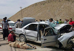 واژگونی خودروی حامل 12 افغان غیرمجاز   2 نفر کشته شدند