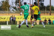 تیم فوتبال شهید قندی یزد بر میلادمهر تهران غلبه کرد