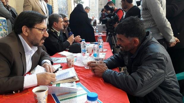 افتخار مسئولان جمهوری اسلامی خدمت به مردم است