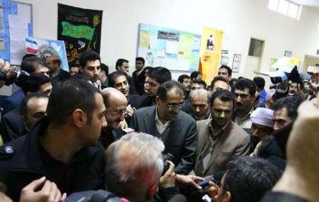 صف کشیدن مردم کردستان برای نامه به وزیر و معاینه