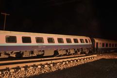 خروج بدون تلفات قطار تهران-اهواز از ریل