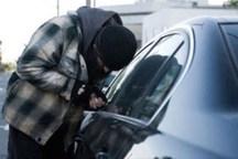 سارق لوازم داخل خودرو در مهران دستگیر شد