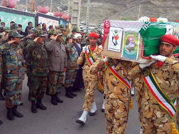 پیکر جانباز شهید عبدالغنی هرمزایی در زاهدان تشییع و خاکسپاری شد