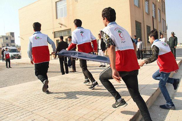 مانور زلزله در ۵۰۰۰ مدرسه آذربایجانغربی برگزار شد