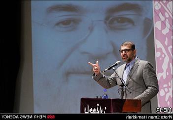 صادق خرازی: ملت ایران آزاد است نه به قید وثیقه