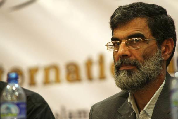 دکتر حمید انصاری:وحدت کلمه و توجه به حقوق مردم رمز پیروزی در برابر ظالمین است