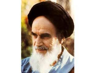 امام خمینی:این ملت، همین پابرهنهها، ایستادند در مقابل توپ، تانک