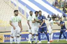 استقلال خوزستان مقابل ذوب آهن اصفهان متوقف شد