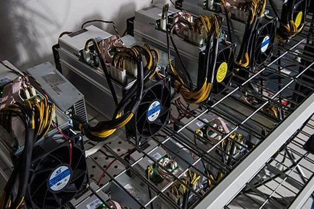 کشف ۶۸ دستگاه غیرمجاز استخراج ارز دیجیتال در بویین زهرا