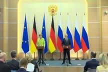 درخواست پوتین برای تحقیق بیطرف درباره حملۀ شیمیایی به خانشیخون/دخالت روسیه در انتخابات آمریکا و فرانسه دروغ است