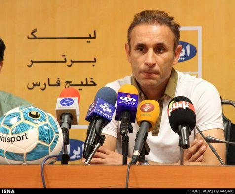 گلمحمدی: بازی در کشور ثالث تصمیم خوبی نبود