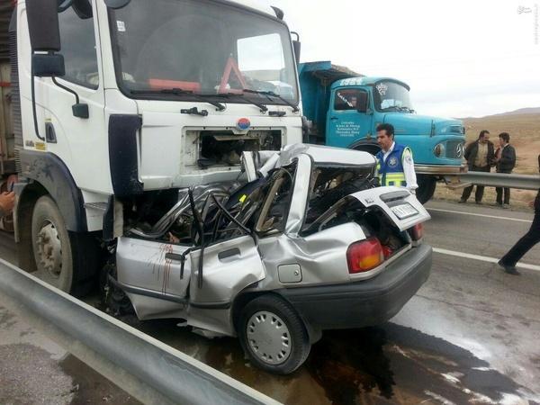 مرگ سالانه ۳۷۰ نفر در کرمانشاه بر اثر حوادث رانندگی هزینه 18 هزار میلیاردی تلفات رانندگی