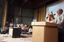 زیباکلام: آزادی و انتخابات از خواسته های انقلاب اسلامی است